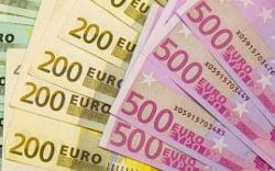 null zinsen euro scheine geld 1