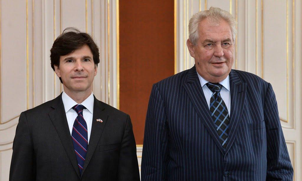 New U S ambassador to the Czech Republic Andrew Schapiro left hands his credentials to Czech Pres
